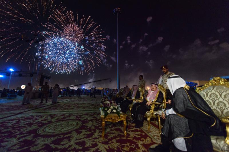 أمير الرياض  يشارك في احتفالات العيد   (371967841) 