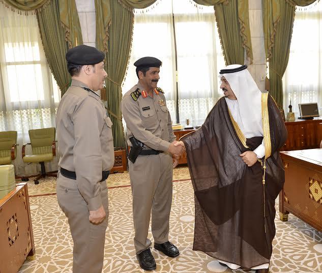 أمير الرياض يقلد الصنداح رتبة لواء2