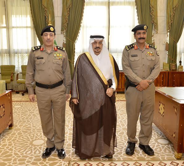 أمير الرياض يقلد الصنداح رتبة لواء3