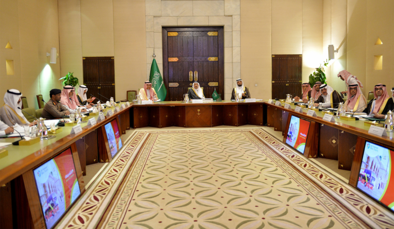 أمير الرياض يُطلق بوابة السياحة الإلكترونية (332895548) 