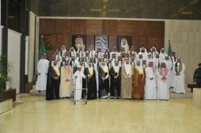 أمير الشرقية نحمد الله على نعمة الأمن وحزم الإصلاحات   (1)