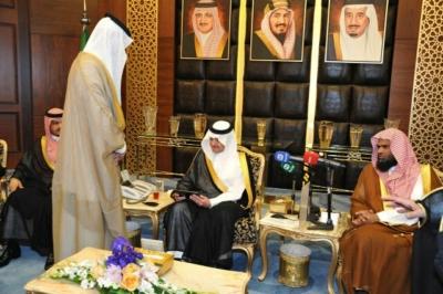 أمير الشرقية نحمد الله على نعمة الأمن وحزم الإصلاحات   (164984238) 