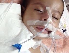 """""""أمير"""" رضيع يعاني أزمة تنفس.. ووالدته باكية: أخشى أن أفقده كما فقدت شقيقته - المواطن"""
