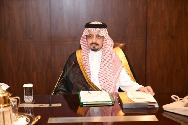 أمير-عسير-يرأس-اجتماع-جمعية-آباء-العمومي (2)