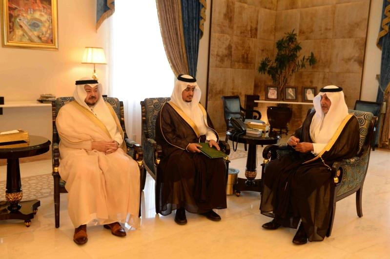 أمير مكة يؤكد أهمية مرحلة تعقب تصحيح أوضاع البرماويين (2)