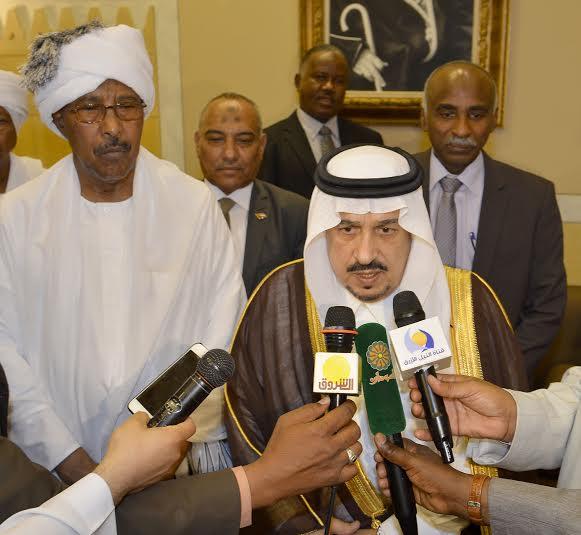 أمير منطقة الرياض يجتمع بوالي ولاية الخرطوم بجمهورية السودان11