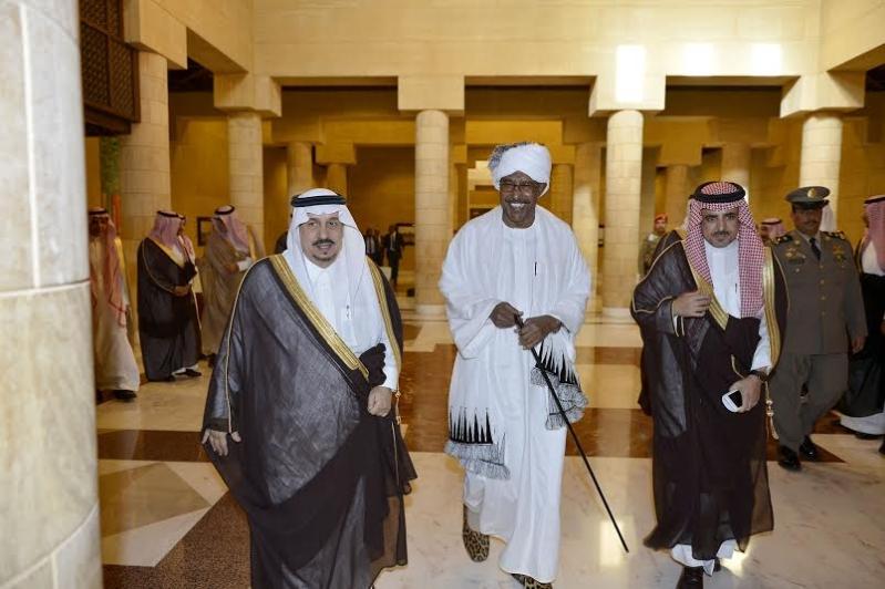 أمير منطقة الرياض يجتمع بوالي ولاية الخرطوم بجمهورية السودان12