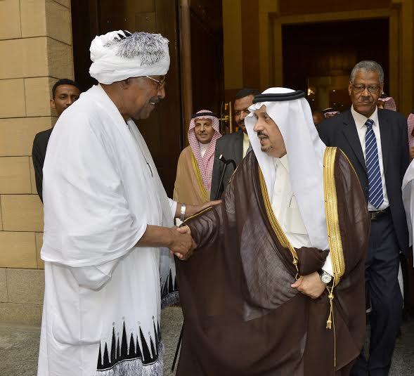 أمير منطقة الرياض يجتمع بوالي ولاية الخرطوم بجمهورية السودان14