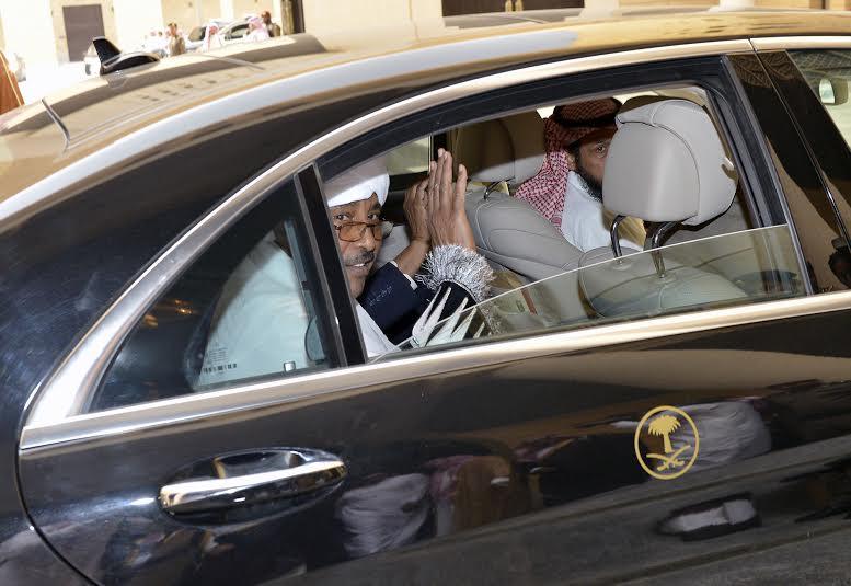 أمير منطقة الرياض يجتمع بوالي ولاية الخرطوم بجمهورية السودان16