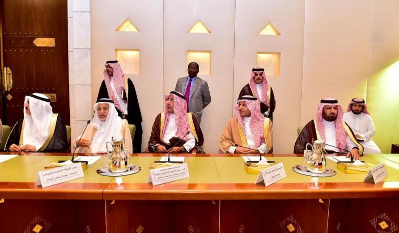 أمير منطقة الرياض يجتمع بوالي ولاية الخرطوم بجمهورية السودان18