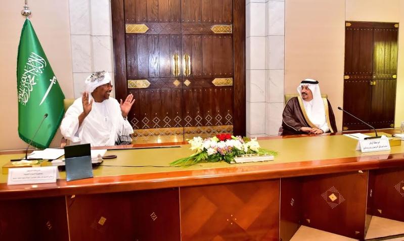 أمير منطقة الرياض يجتمع بوالي ولاية الخرطوم بجمهورية السودان22