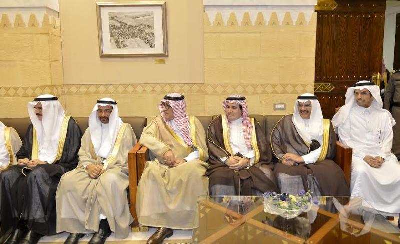 أمير منطقة الرياض يجتمع بوالي ولاية الخرطوم بجمهورية السودان6