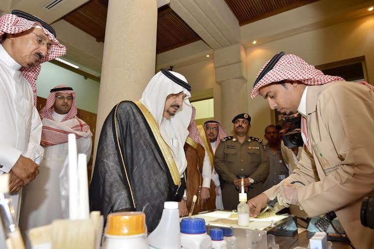 أمير منطقة الرياض يزور دارة الملك عبدالعزيز بمركز الملك عبد العزيز التاريخي بالمربع11
