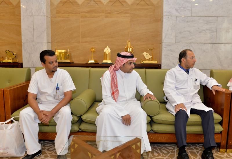 أمير منطقة الرياض يعلن انضمامه إلى سجل التبرع بالخلايا الجذعية (175373000) 
