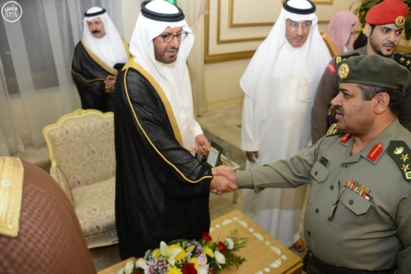 أمير منطقة حائل يستقبل عدداً من المسؤولين وجمعاً من المواطنين