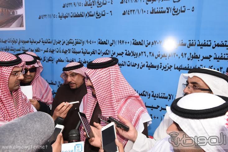 أمير منطقة عسير يتفقد عدد من المشروعات التنموية في مدينة أبها وخميس مشيط بلغت تكلفتها اكثر من مليار ريال 9