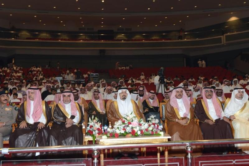 أمير منطقة عسير يرعى حفل تكريم ليالي المحافظات 9
