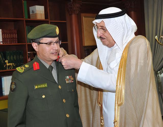 أمير نجران يقلد اللواء رتبية الجديده