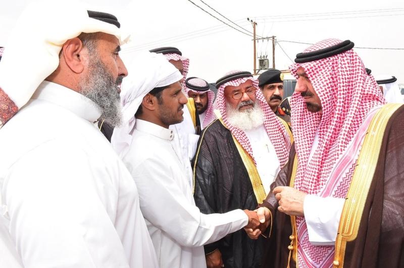 أمير نجران ينقل تعازي القيادة لذوي الشهداء2.
