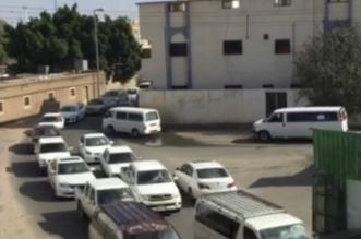 أهالي حي الفيصلية بالحوية جامعة الطائف كبدتهم بالإزعاج والأختناق المروري (2)