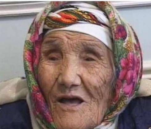 أوزبكية تنال لقب أكبر معمرة بالعالم