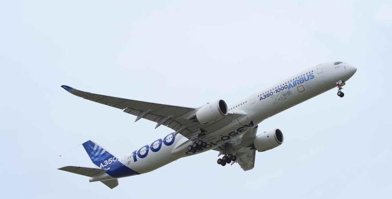 أول رحلة اختبارية لطائرة إيرباص A350-10001