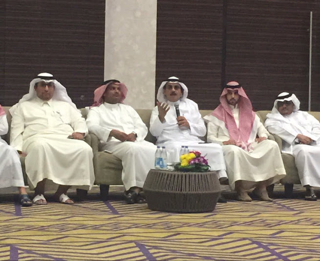 أول لقاء لنادي STC الإعلامي يشهد أفكارا ومقترحات (6)