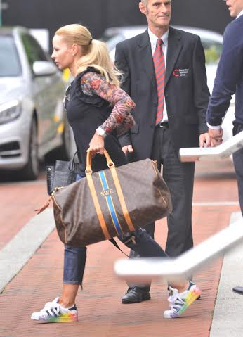 PICTURE BY CHRIS NEILL - 07930-353682 - LOOKS LIKE MRS IBRAHIMOVIC IS JUST AS BIGGER DIVA THAN HER HUSBAND ZLATAN.....ONLY HOURS AFTER ARRIVING AT MANCHESTERS 5 STAR LOWRY HOTEL HIS WIFE ENDYANI HAS PAKED UP AND MOVED HOTELS......!......ENDYANI AND HER TWO CHILDREN WHERE PICTURED LEAVING THE LOWRY HOME OF THE MANCHESTER UNITED PLAYERS AND SOME 10 MINUTES LATER SHE AND HER HUSBAND BAGS WHERE ALL INSIDE THE RADDISON WHERE ALL THE MAN IS PICTURED LEAVING THE LOWRY