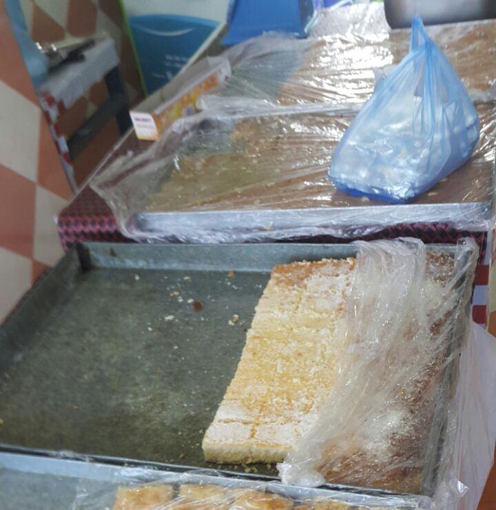 إتلاف 21 كجم مواد غذائية غير صالحة للاستهلاك في بللسمر (1)
