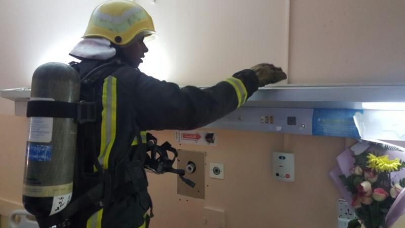 إخلاء مرضى مستشفى صامطة بعد انبعاث دخان (335145421) 
