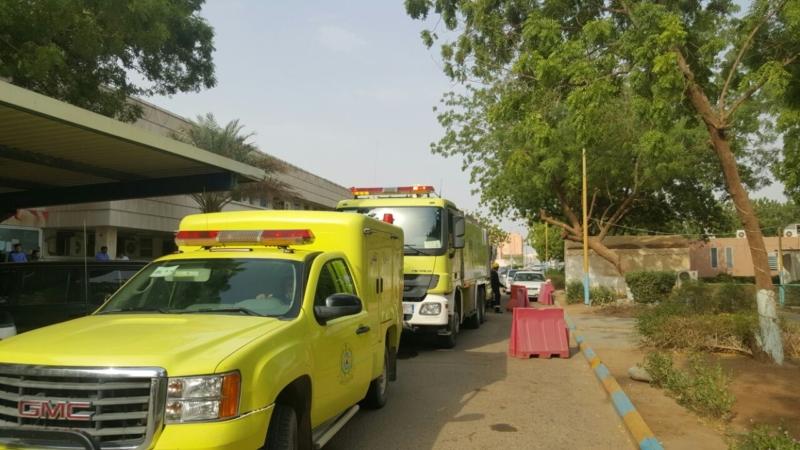 إخلاء مرضى مستشفى صامطة بعد انبعاث دخان (335145428) 