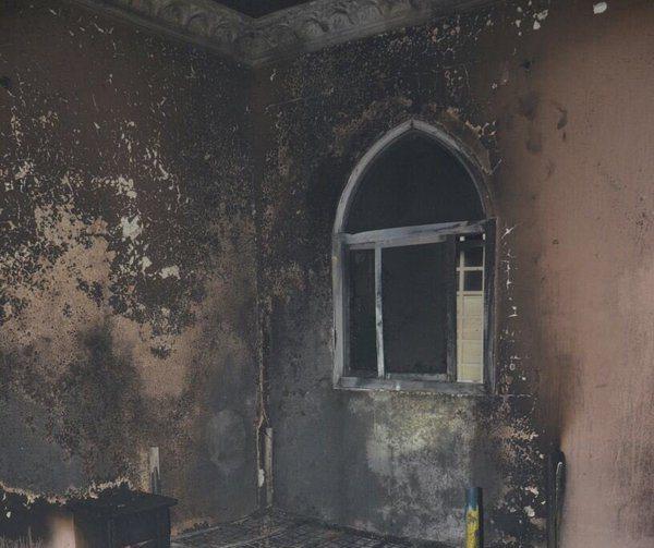 . إخماد حريق شقة بحي الفيصلية في سكاكا (2)