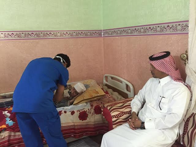 إدارة القطاع الصحيّ بمحايل تُعايد المرضى في منازلهم (1)