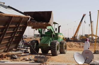 إزالة 177 مخيمًا وغرفًا جاهزة غير نظامية عن المدخل الشرقي للرياض - المواطن