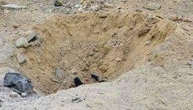 إصابة مقيم إثر سقوط مقذوف على الطوال