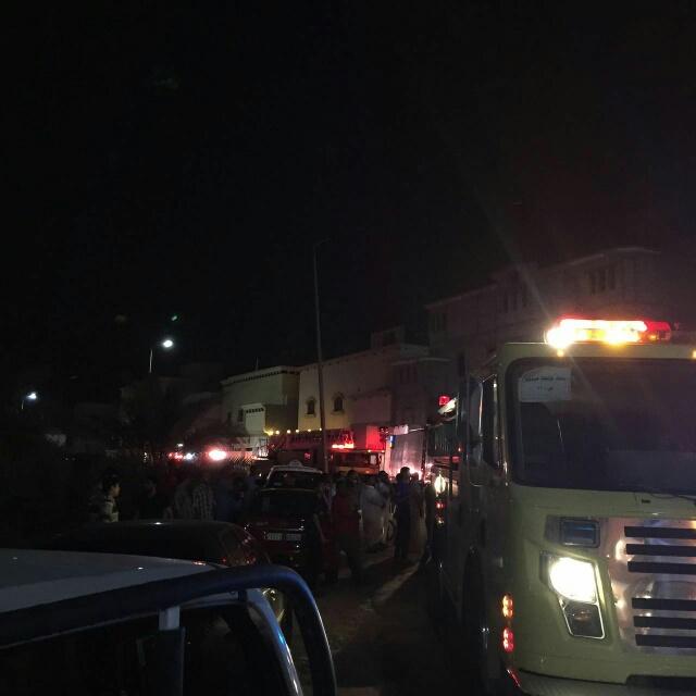 إصابة 10 أشخاص في حريق نشب بمبنى سكني في الأحساء (1) 