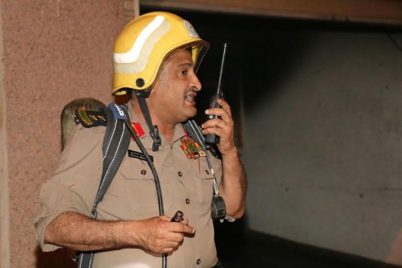 إصابة 3 باختناق وإخلاء 65 في حريق بـ #مكة3
