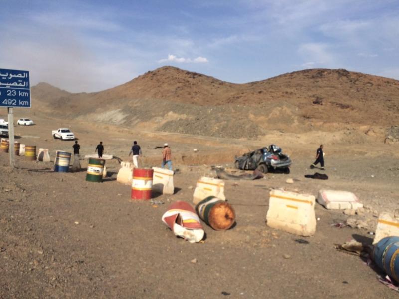 إصابة 5 أشخاص في حادث (3)