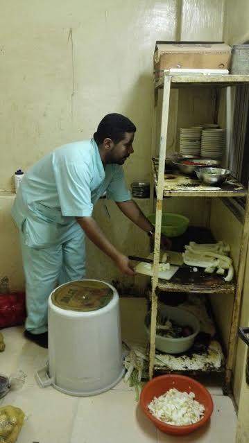 إغلاق مطبخ عشوائي داخل عمارة سكنية بمركزية مكة 2