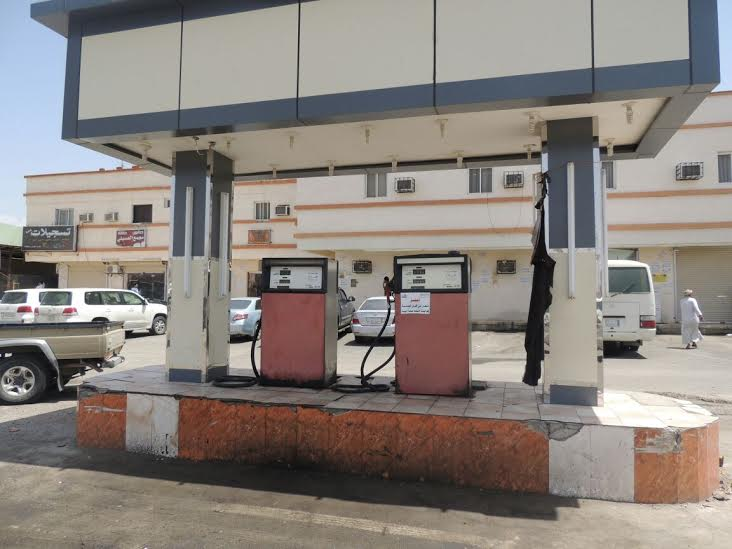 إغلاق 9 محطات وقود لإنعدام الاشتراطات البلدية بالمجاردة 4