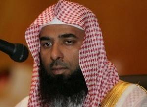 إمام المسجد النبوي يدعو إلى التلاحم والتكاتف والدفاع عن الدين والوطن - المواطن