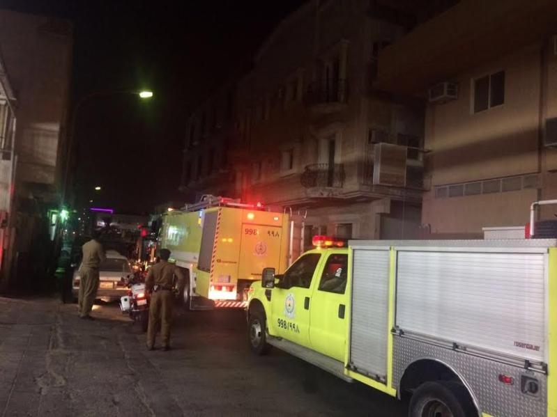 إنقاذ 9 محتجزين وأصابة شخص بحروق طفيفة بحريق عمارة في الخبر