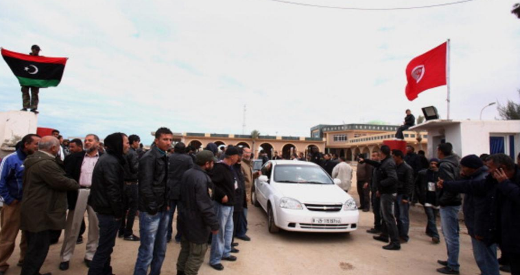 اتفاق على استئناف التجارة عبر الحدود بين تونس وليبيا