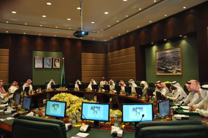 اجتماع بلدي بين حاضرة الدمام والقطيف2