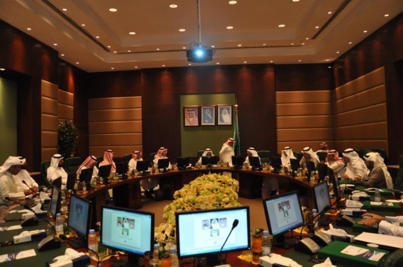 اجتماع بلدي بين حاضرة الدمام والقطيف7