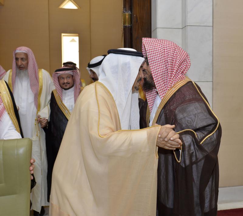 اجتماع مجلس ادارة جمعية البر بالرياض (2)