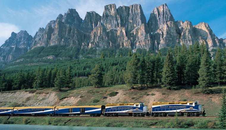 اجمل-7-قطارات-بالعالم (1)