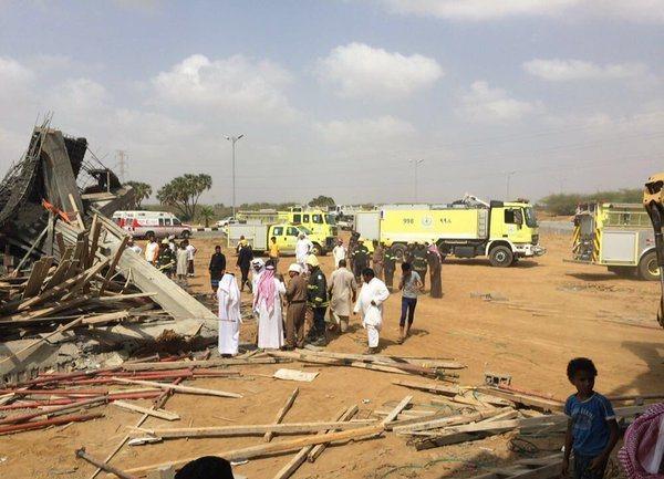 احتجاز عمال في انهيار مبنى تحت الإنشاء في بيش (2)