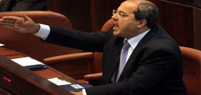 نائب عربي يطرد وزير الهجرة بحكومة الاحتلال من #الكنيست - المواطن