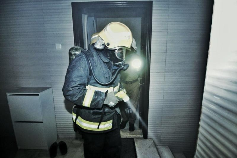 اختناق 3 أشخاص في حريق عقار ببطحاء قريش - المواطن